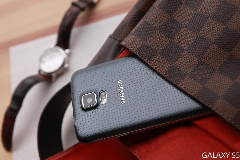 Samsung_GALAXY_S5_255.jpg