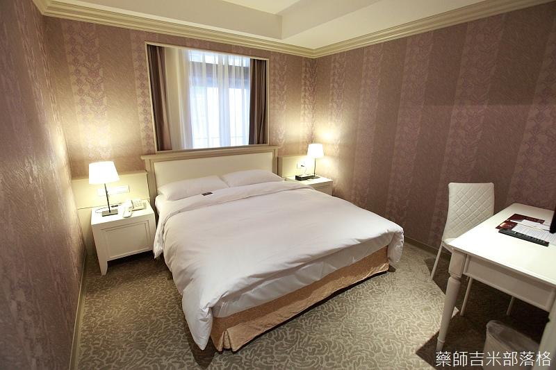 prettyhotel_001.jpg