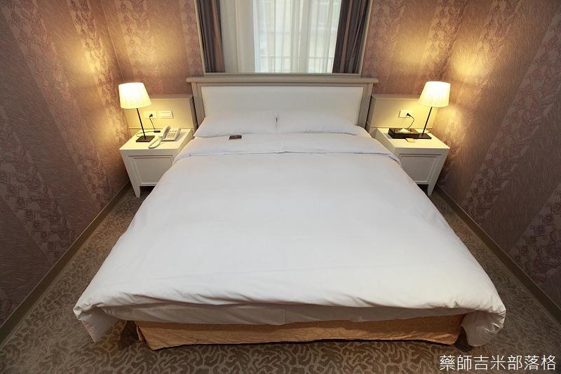 prettyhotel_006.jpg