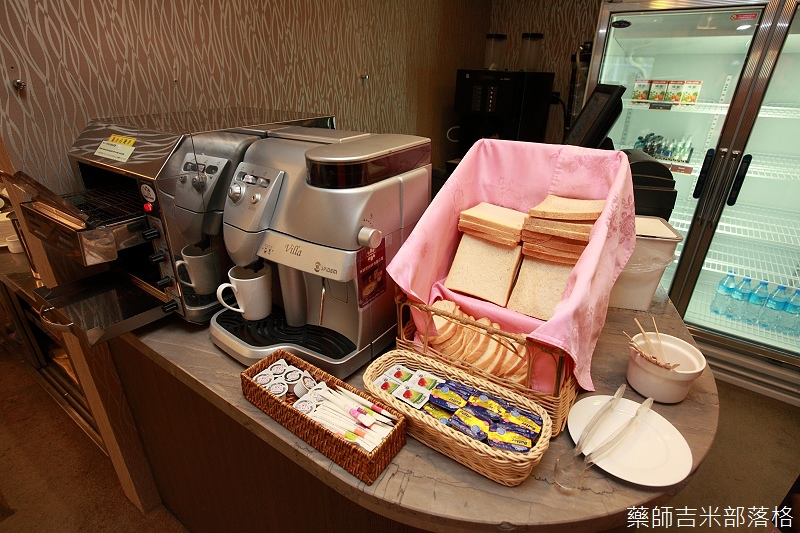 RF_Hotel_102.jpg