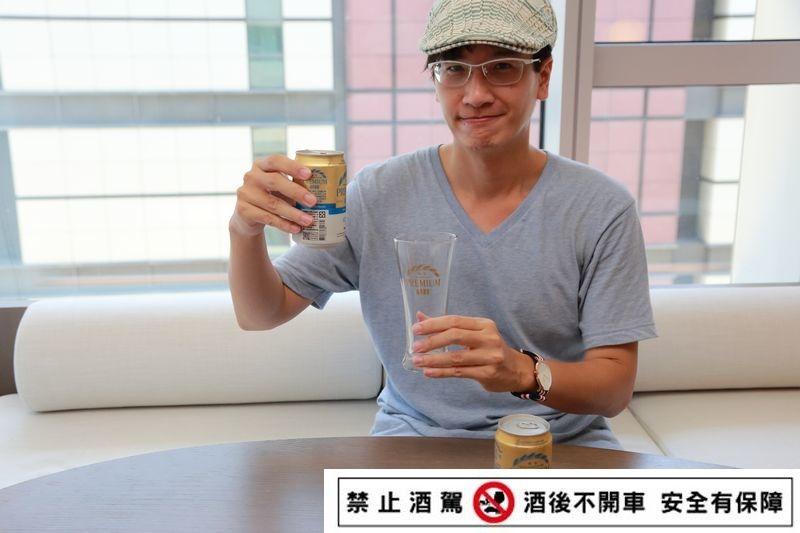 Taiwan_Beer_Premium_075.jpg