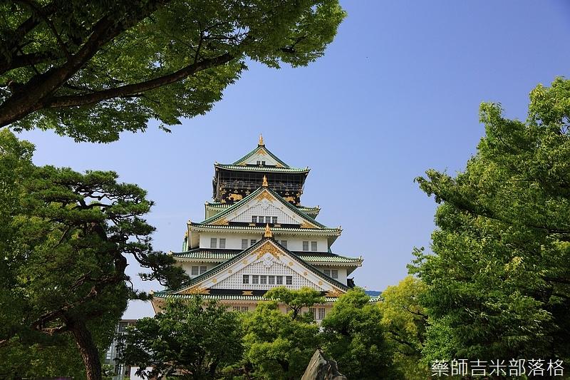 Osaka_Castle_066.jpg