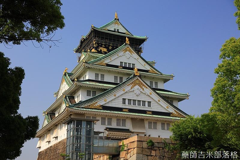 Osaka_Castle_098.jpg