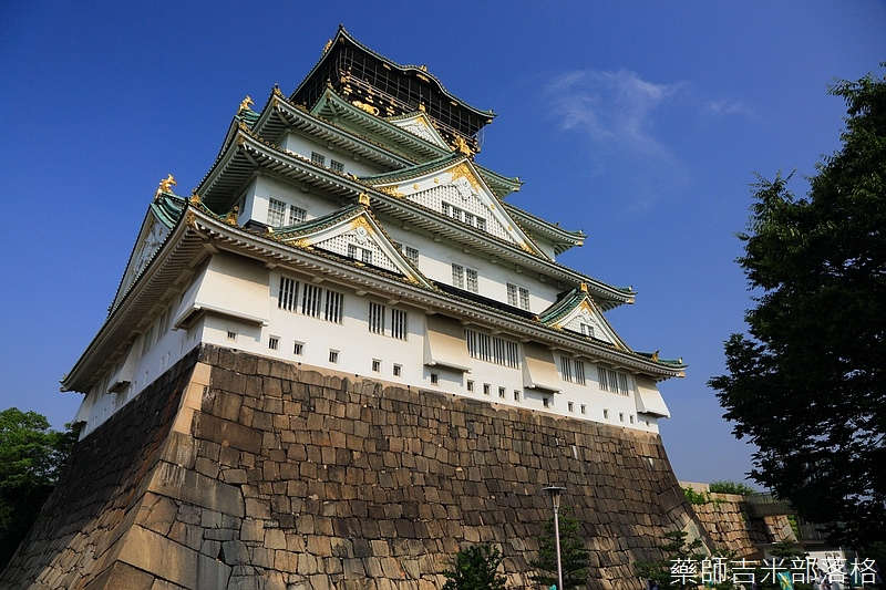 Osaka_Castle_107.jpg