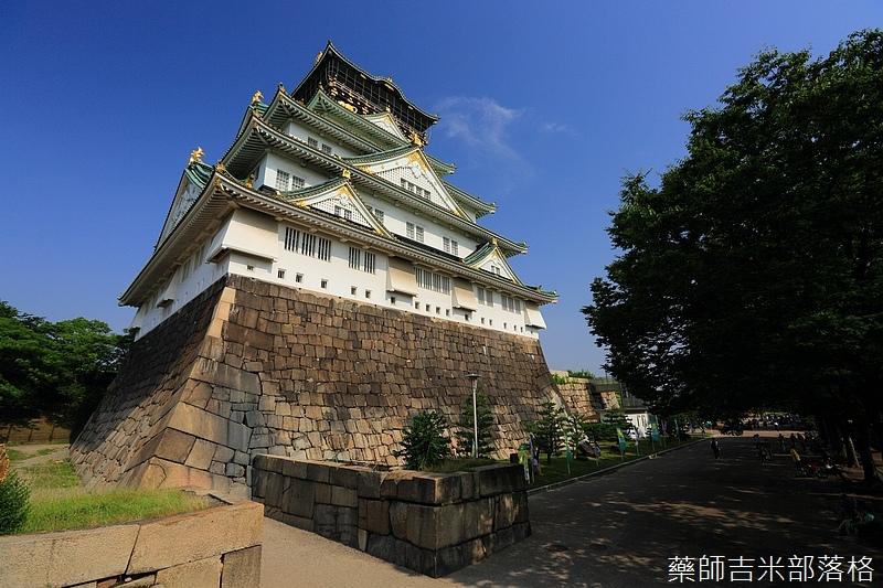 Osaka_Castle_109.jpg