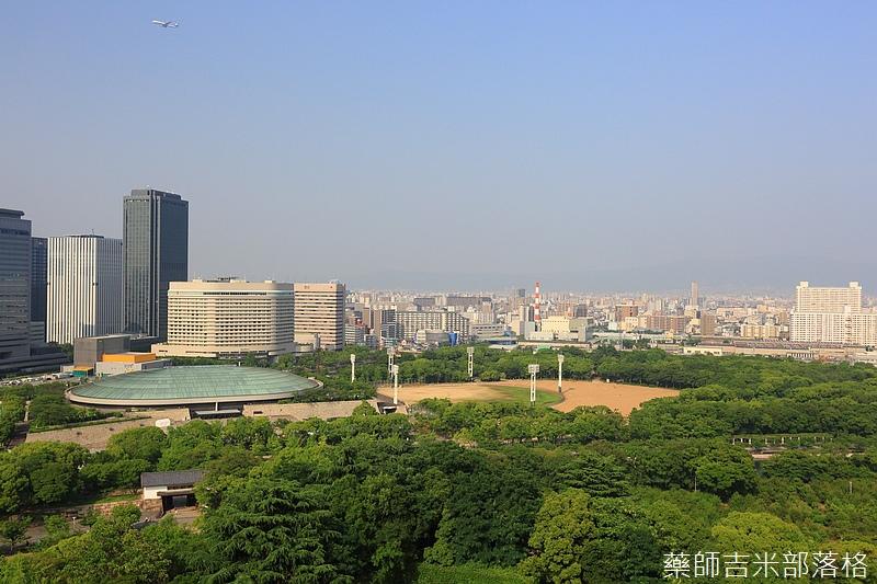 Osaka_Castle_171.jpg