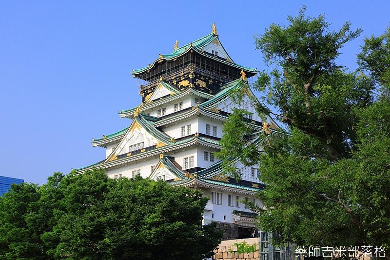 Osaka_Castle_229.jpg