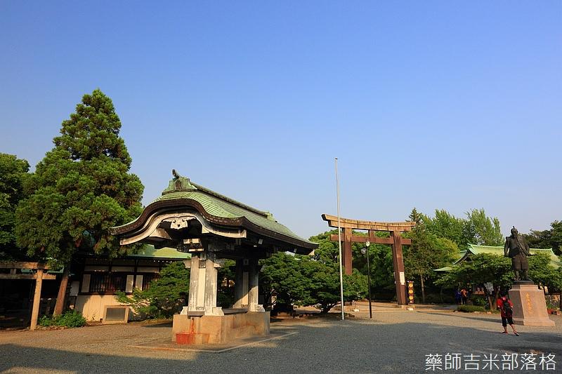 Osaka_Castle_283.jpg
