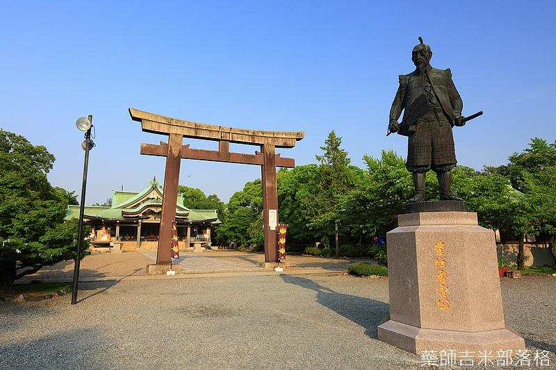 Osaka_Castle_285.jpg