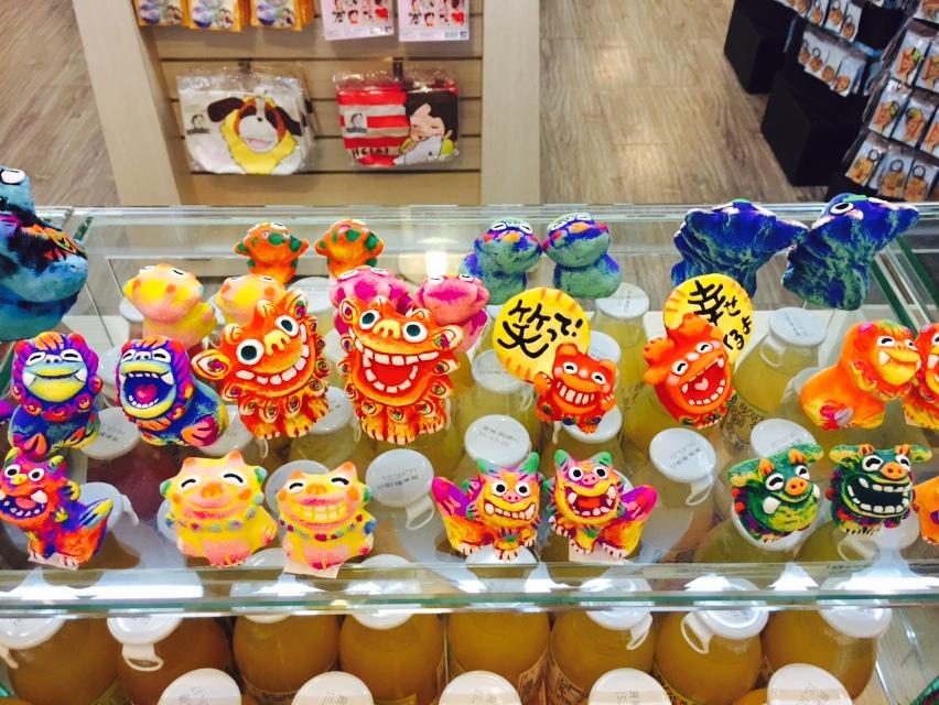 沖繩空運來台的招福獅有祈福納財.保平安還能招好運,只在水樂園「小威的賣店」限量販售