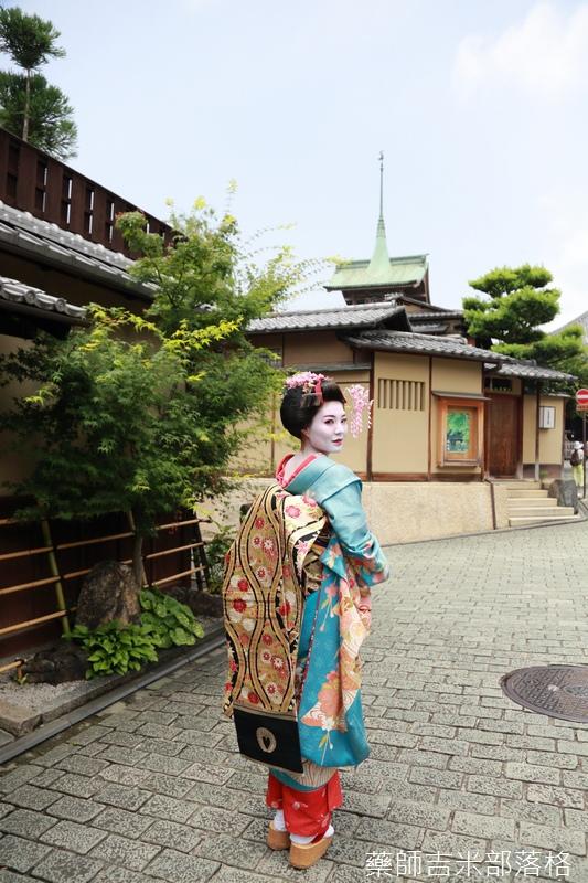 Kyoto-Maiko_271.jpg