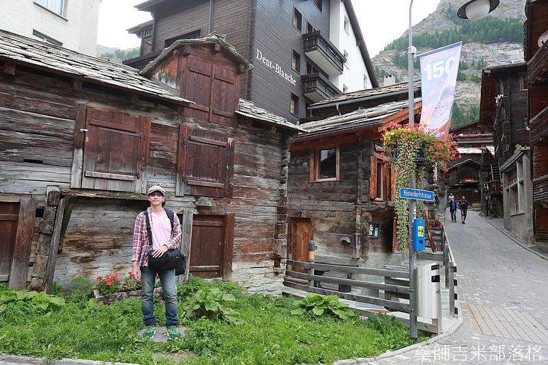 Swiss_150827_2209.jpg