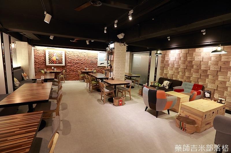 A-Place_Cafe_276.jpg