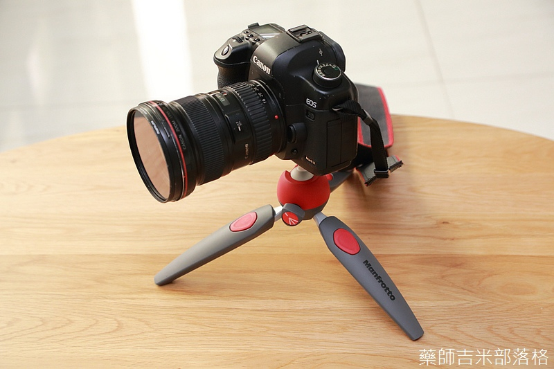 Manfrotto_302.jpg