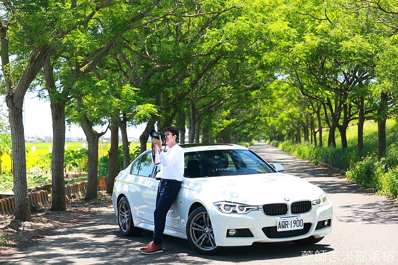 BMW_330i_156.jpg