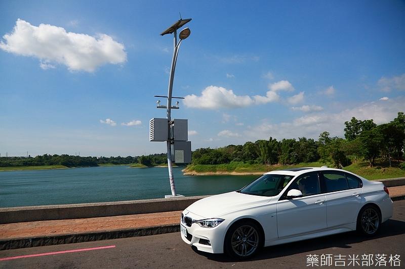 BMW_330i_340.jpg