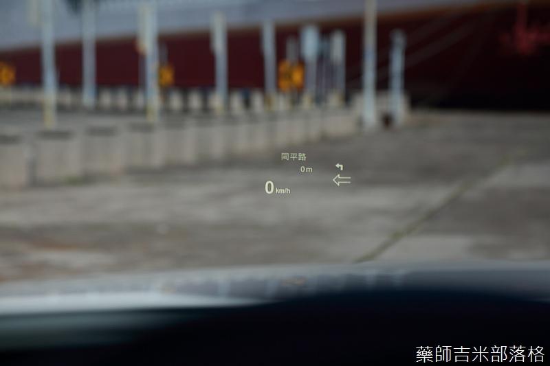 BMW_330i_837.jpg