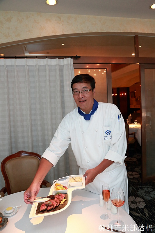 Riviera_Hotel_Steak_230.jpg