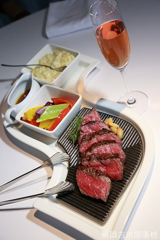Riviera_Hotel_Steak_267.jpg