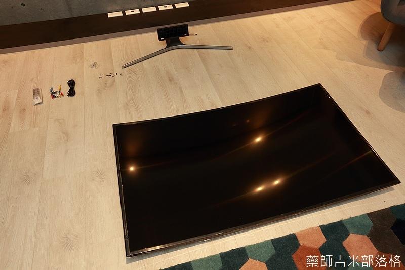 Samsung_UHDTV_KU6300W_028.jpg
