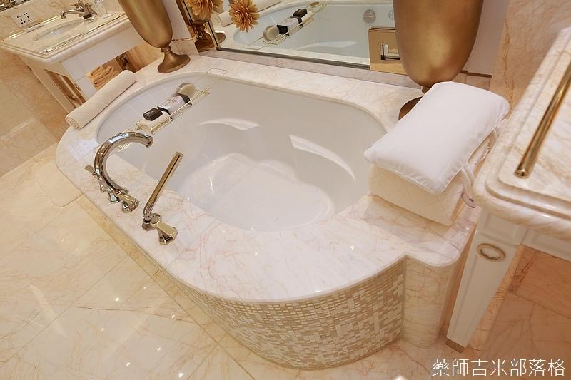 Wynn_Palace_Room_103.jpg
