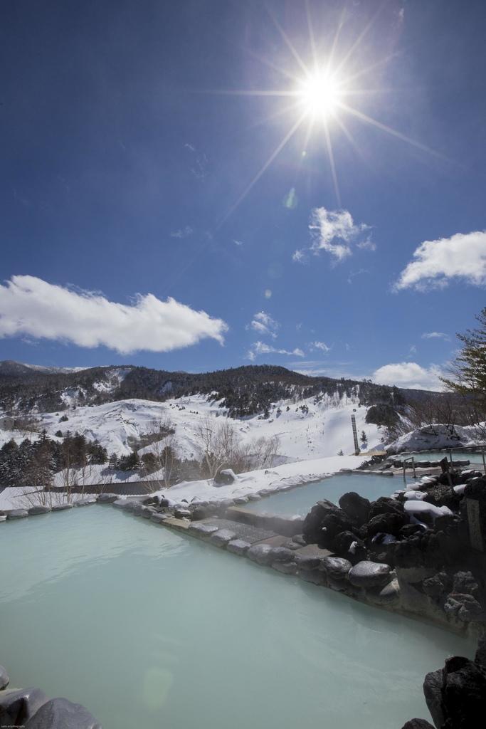 露天溫泉冬景2
