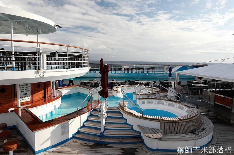 Star_Cruises_1666.jpg