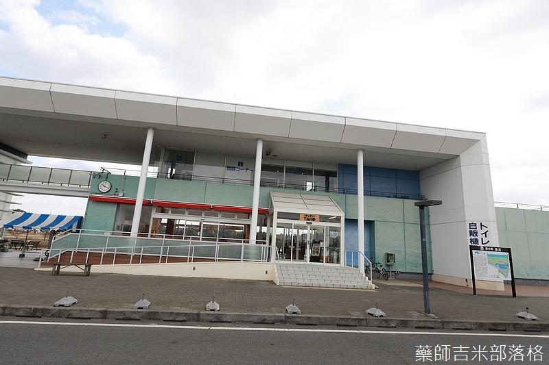 Narita_1702_1324.jpg