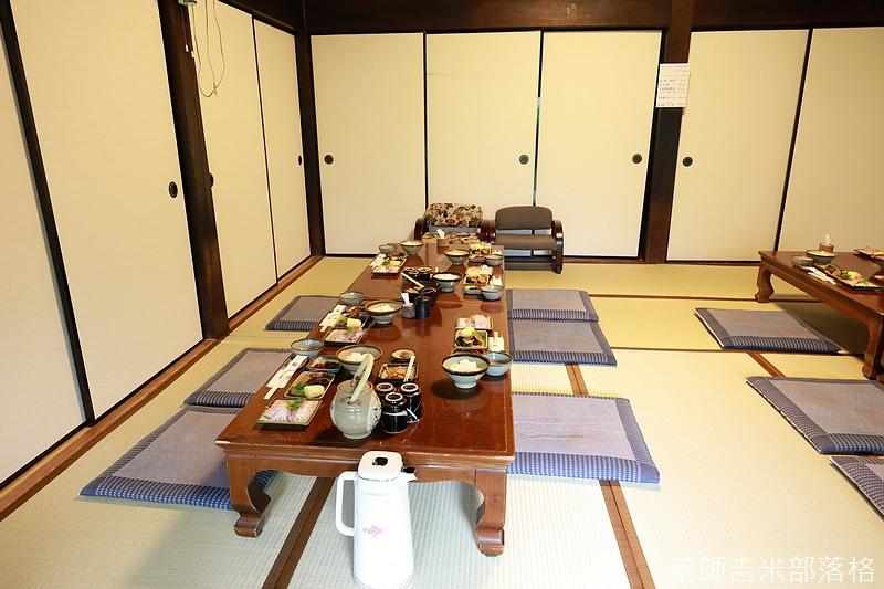 Tokyo_1706_688.jpg