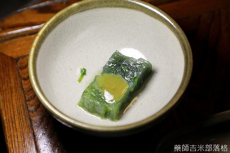 Tokyo_1706_695.jpg