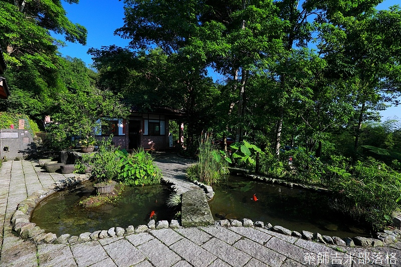 BambooHouse_233.jpg
