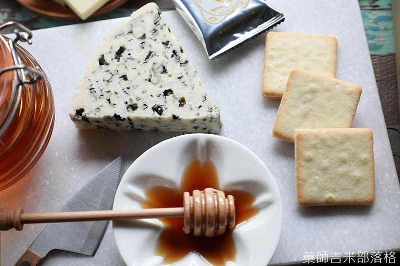 Tokyo_Milk_Cheese_030.jpg