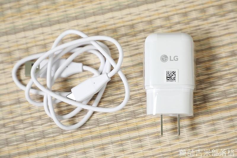 LG_V30+_005.jpg