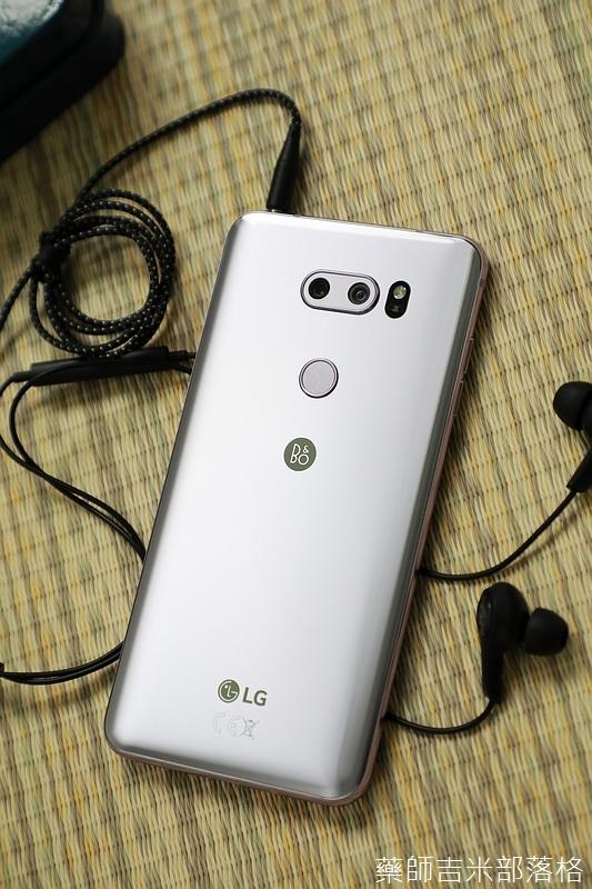 LG_V30+_011.jpg