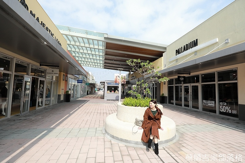 Gloria_outlets_325.jpg