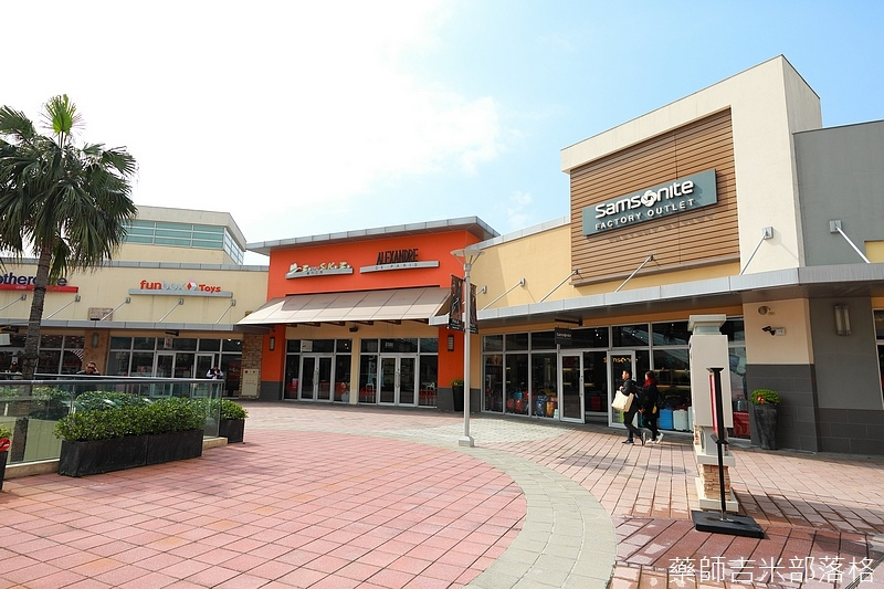Gloria_outlets_374.jpg