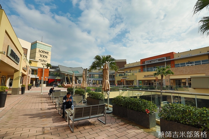 Gloria_outlets_418.jpg