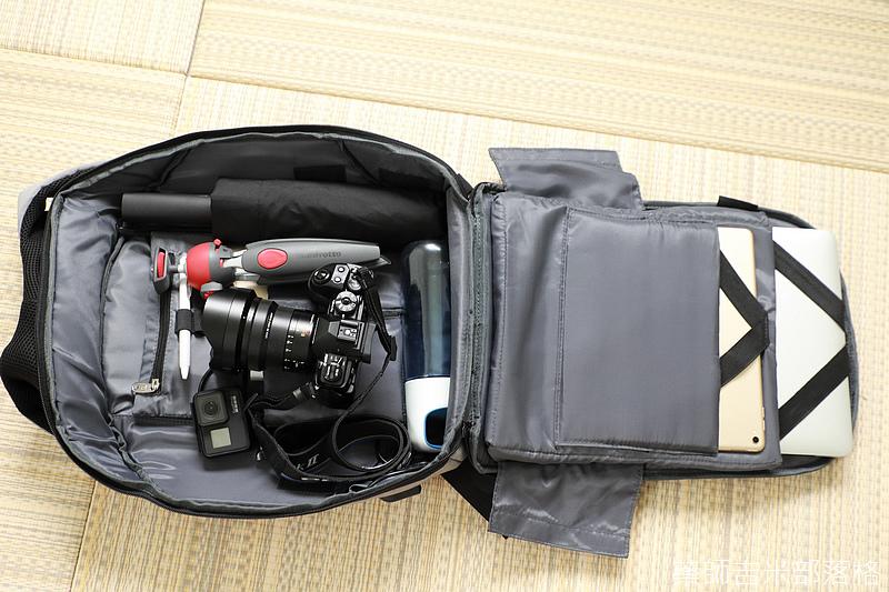Tourist_Gear_039.jpg