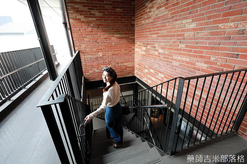 Tsais_242.jpg