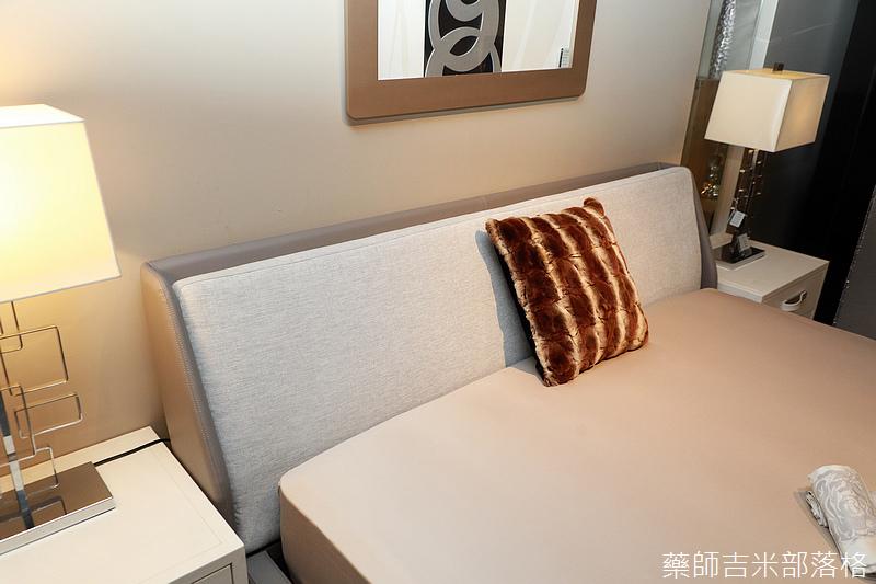 Pure_Design_378.jpg