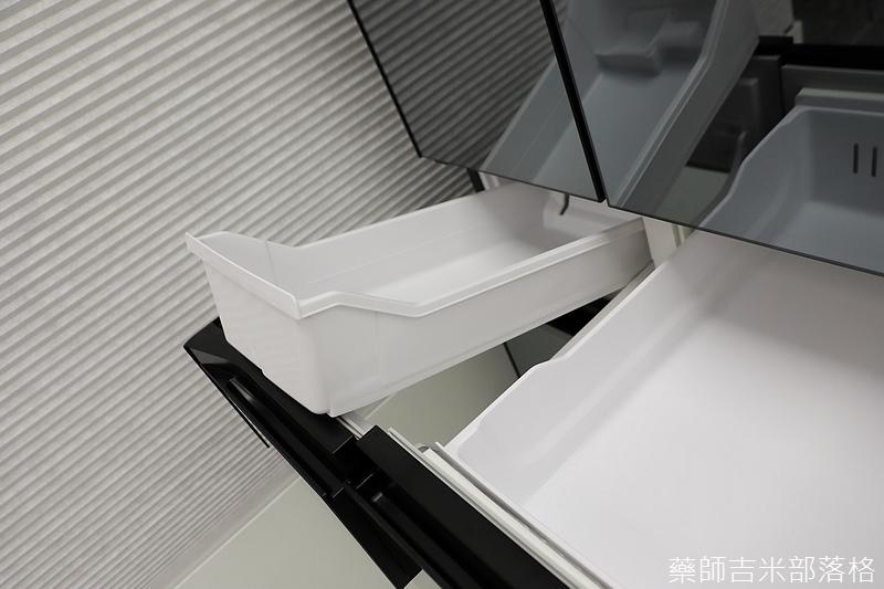 HITACHI_295.jpg