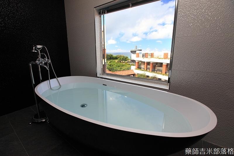 smokeyjoes_hotel_room_302_189