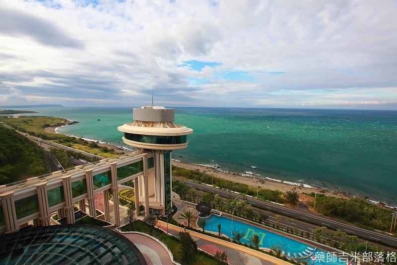 H_Resort_Room_214