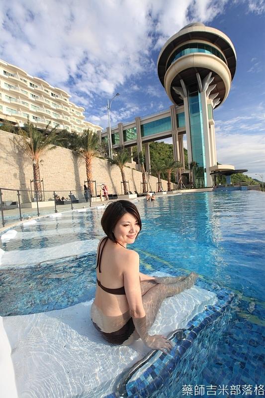 H_Resort_Pool_184