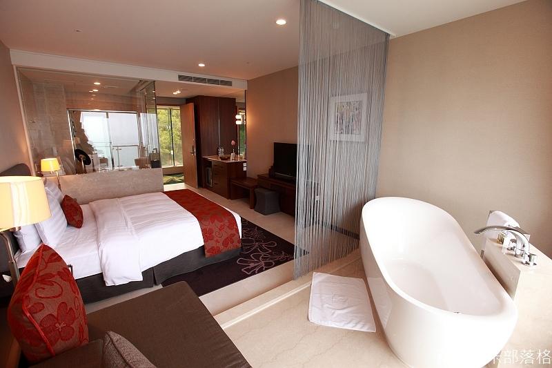 H_Resort_Room_115