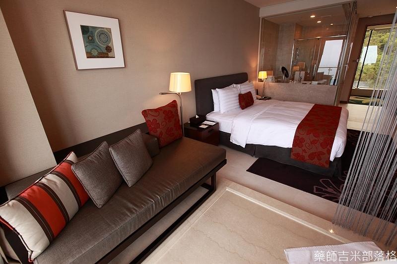 H_Resort_Room_117