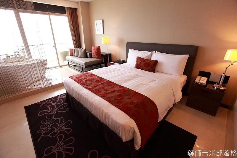 H_Resort_Room_122