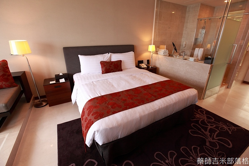 H_Resort_Room_120