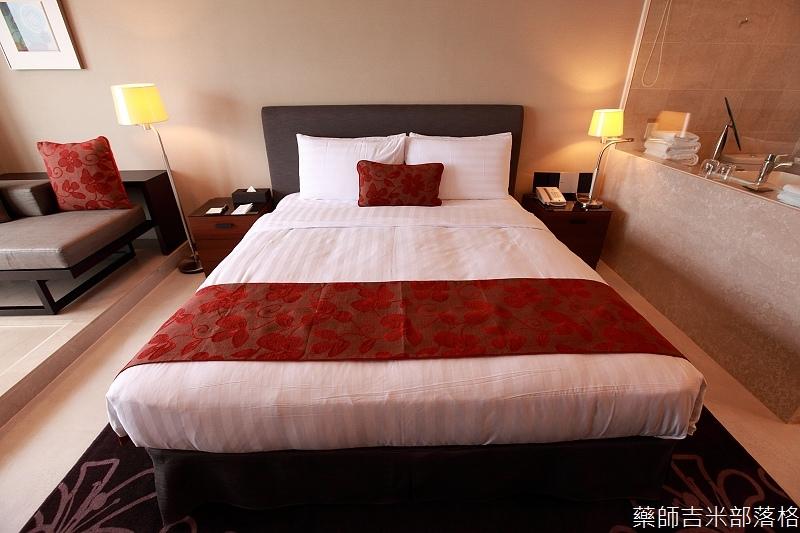 H_Resort_Room_121