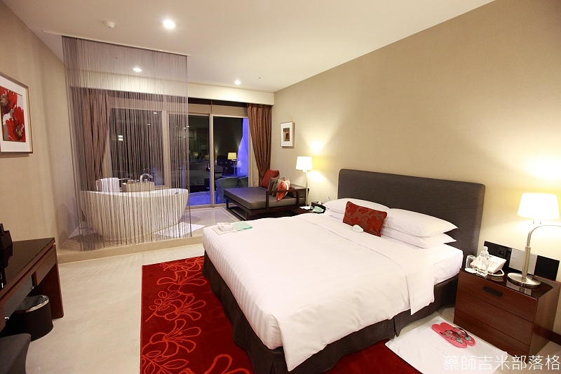 H_Resort_Room_001